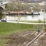 Riadené vŕtanie pod rieku Váh v dĺžke 230 metrov, priemeru 1000 mm